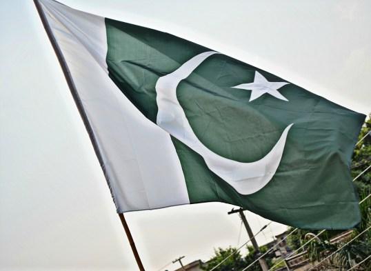 body_pakistaniflag