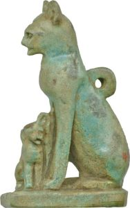 Egyptian_-_Cat_with_Kittens_-_Walters_481554_-_Left (1)