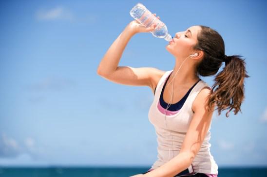 Girl drinking water   Lifestan