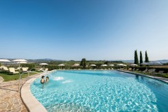 Piscina esterna - Borgobrufa Spa Resort
