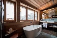 Rosa Alpina_Penthouse_SuiteP1_Bathroom-®AlexFilz-0109