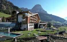 Romantik Hotel Cappella - Piscina