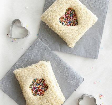 Foodie Fridays: Fairy Bread Sandwich (with a touch of Love)!