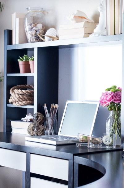 life-storage-guestroom