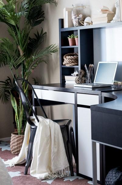 life-storage-guestroomb