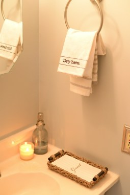party-planning-bathroom-towels