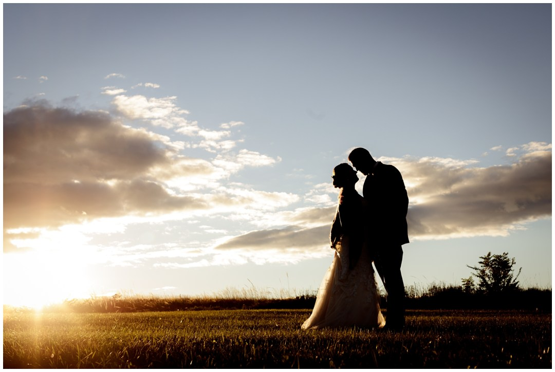bridal couple sunset photos