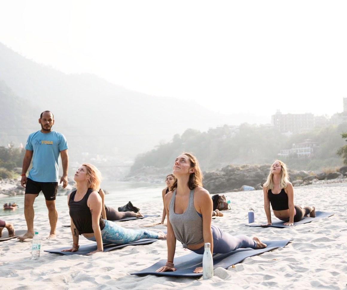 Yoga-Teacher-Training-in-Rishikesh-1.jpg