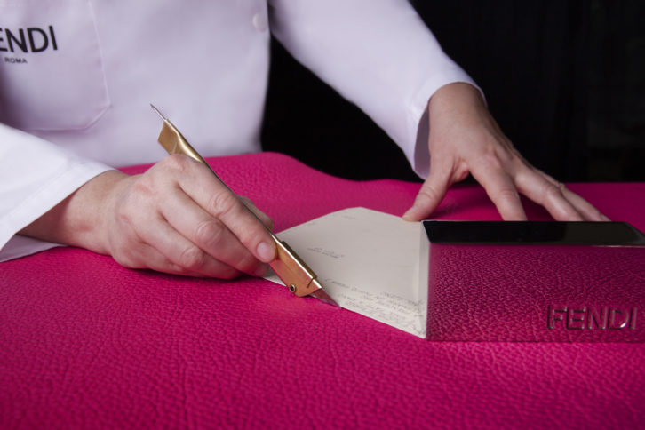 04_Ginza-G6-Selleria-Capsule-Collection_making_of_leather-cutting-726x484.jpg