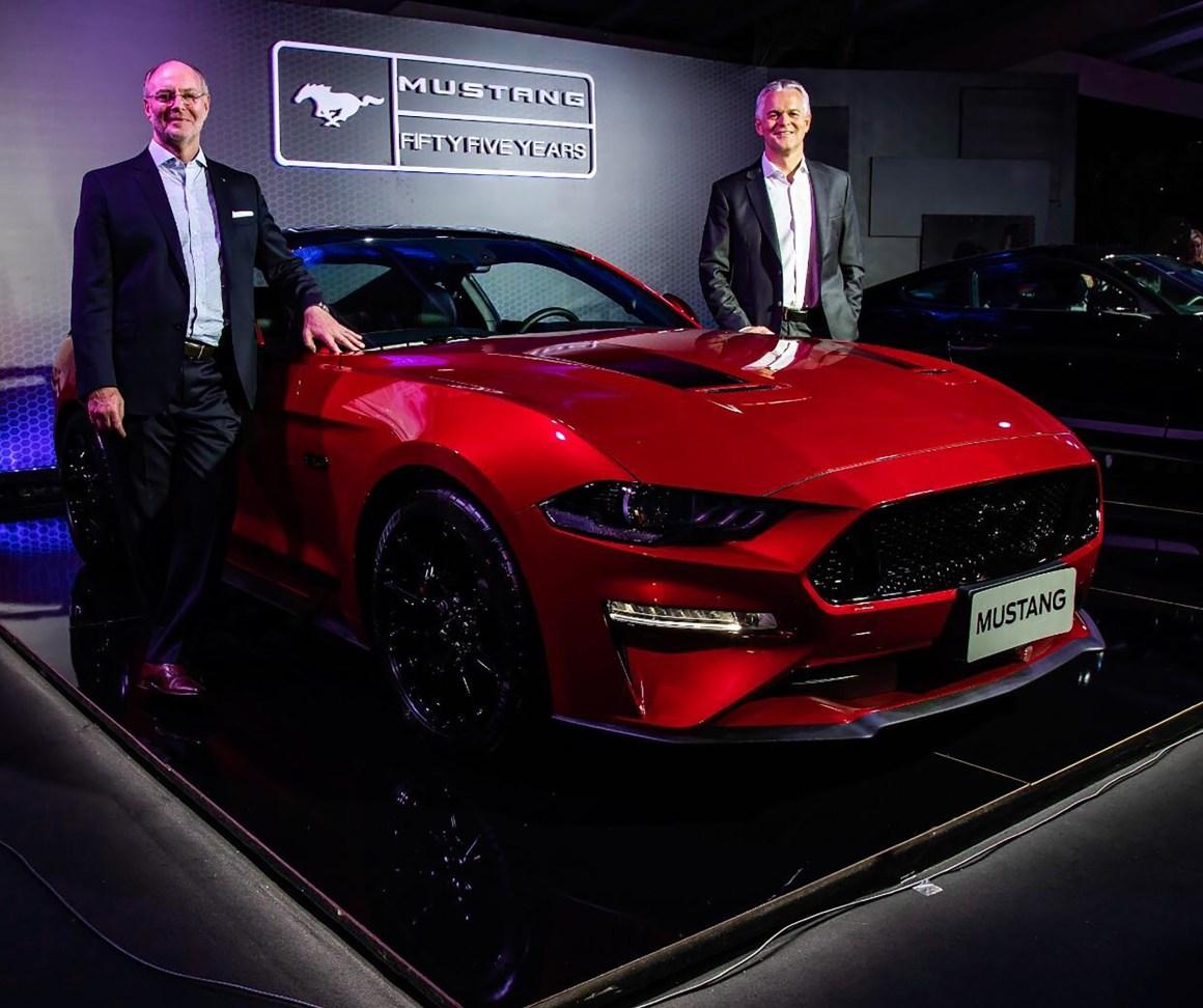 MustangBlackShadow-RogelioGolfarb_LyleWatters.jpg