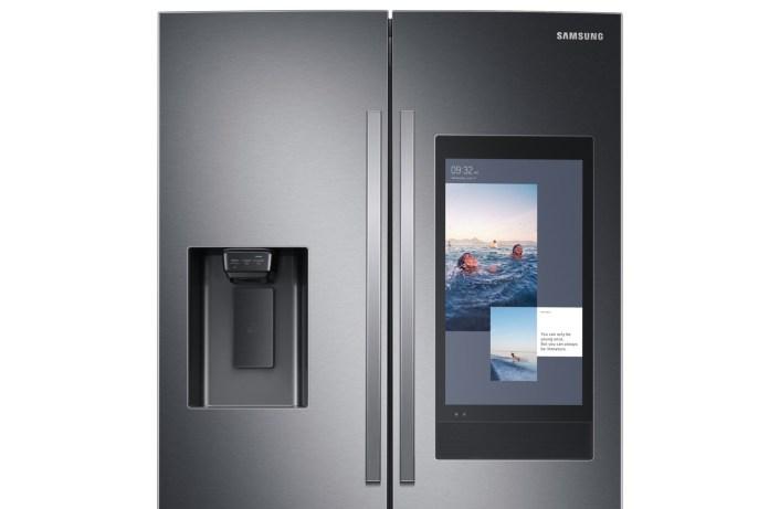 K-hlshrank-Samsung-Family-Hub-2020.jpg