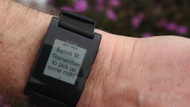 Pebble E-Paper SmartWatch