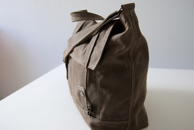 Moop Messenger no.3 in brown waxed canvas