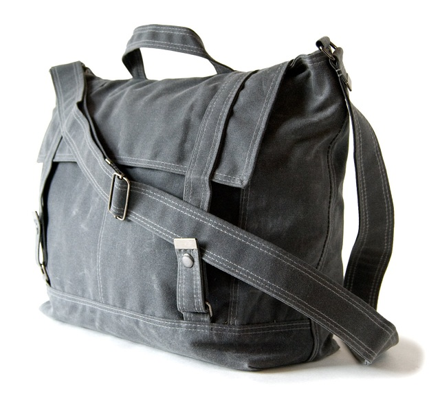 Moop Messenger no.3 in Gray waxed canvas