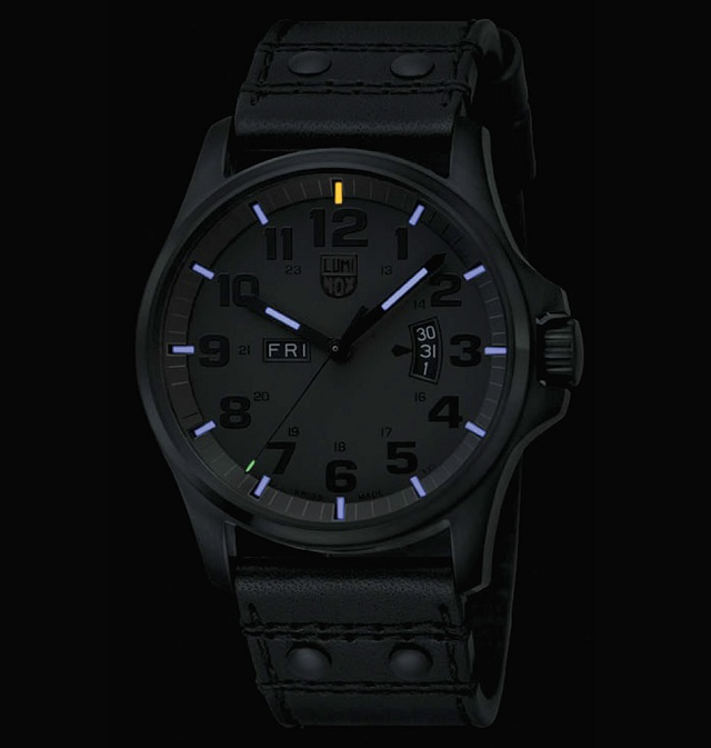 Luminox Men's 1879.BO Stainless-Steel Analog Bezel Watch