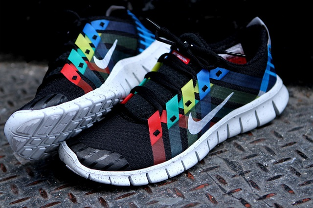 Nike Free Powerlines NRG Sneakers