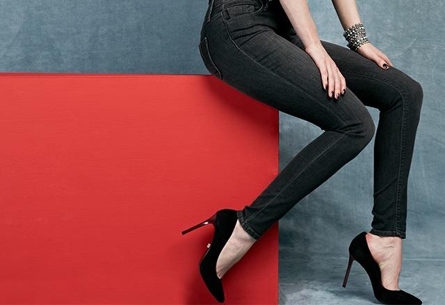Black Orchid Women's Skinny Jean