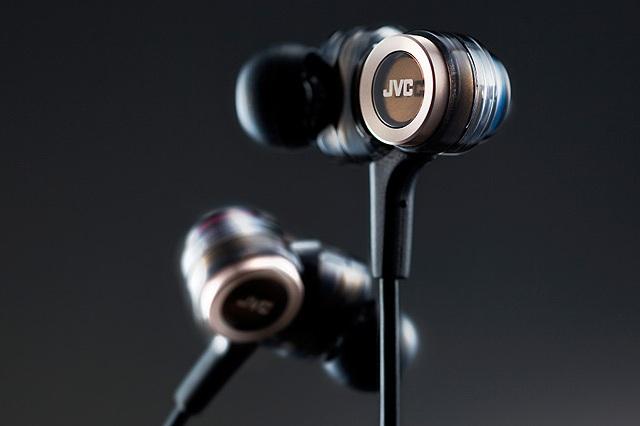 JVC HA-FXZ200 In-Ear Headphone_4