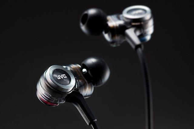 JVC HA-FXZ200 In-Ear Headphone_8