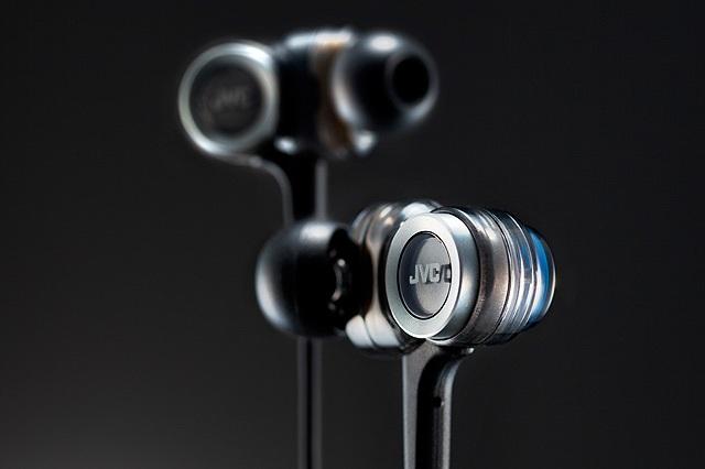 JVC HA-FXZ200 In-Ear Headphone_9