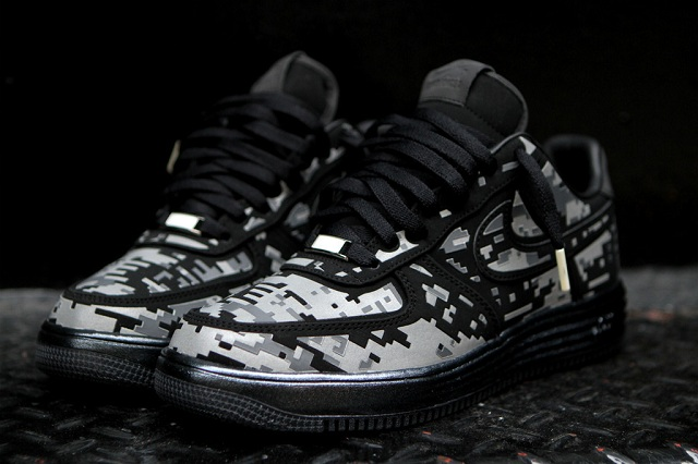 NIKE Lunar Force 1 Digital Camo