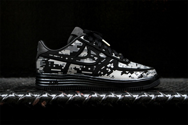 NIKE Lunar Force 1 Digital Camo_3