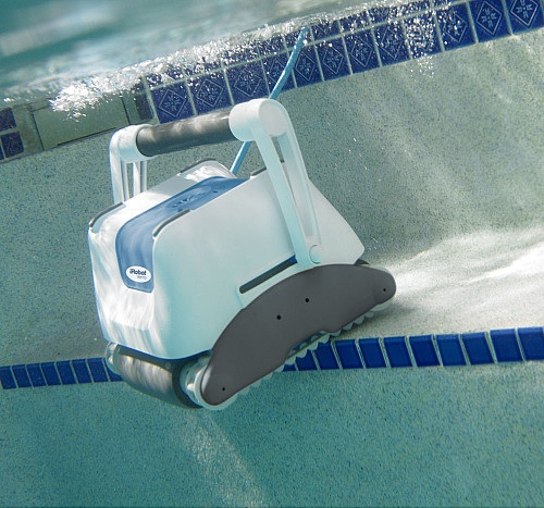 iRobot Verro 500 PowerScrub Pool-Cleaning Robot_5