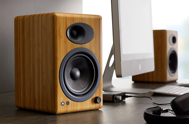 Audioengine A5+ Premium Powered Speaker Pair_3