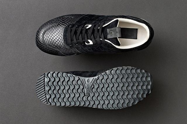 Sneakersnstuff x adidas Originals Consortium ZX 700 Wmns_3