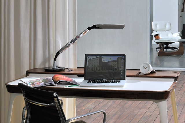 Ardea Personal Light by Herman Miller