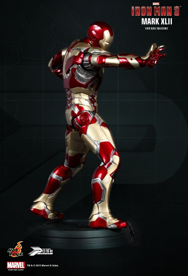 Iron Man 3  - Power Pose Mark XLII_9