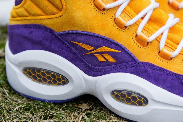 Sneakersnstuff x Reebok Question Mid The Crocus_8