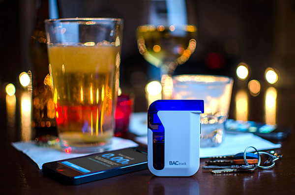 BACtrack Mobile Breathalyzer_4