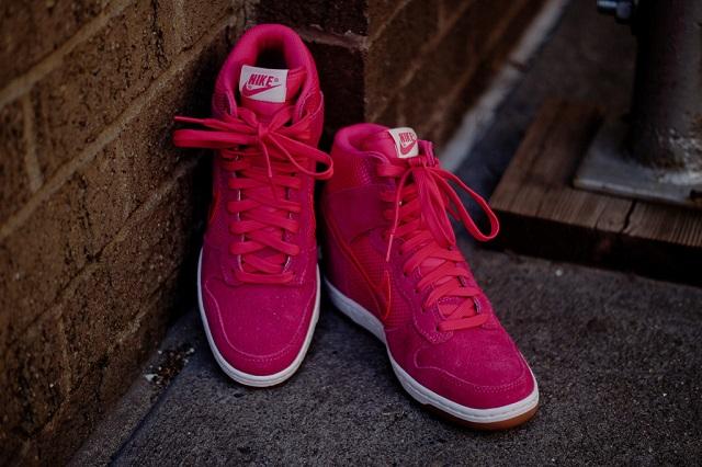 Nike Wmns Dunk Sky Hi - Pink