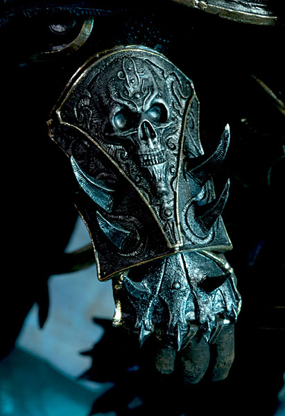World of Warcraft Arthas Limited Edition Deluxe Statue_7