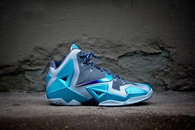 Nike Lebron XI - Gamma Blue_2