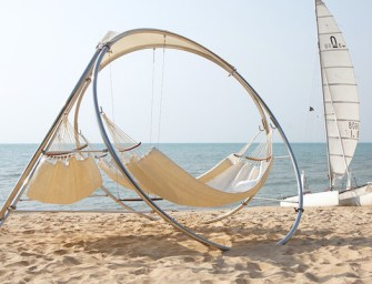 Trinity Hammocks Relaxing Outdoor Architecture