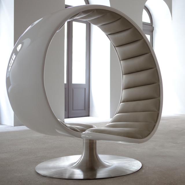 Asztalos Hug Chair