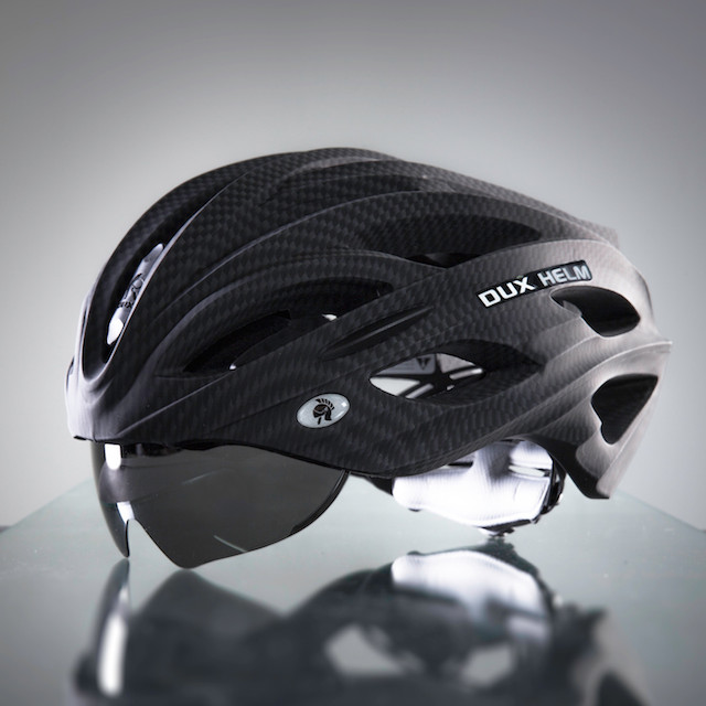 Dux Helm Premium Retractable Lens Cycling Helmet in Carbon Black