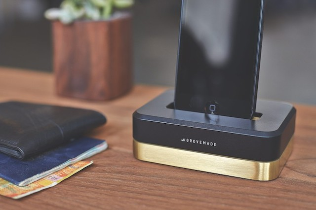 GROVEMADE Limited Edition iPhone Dock in Brass Black