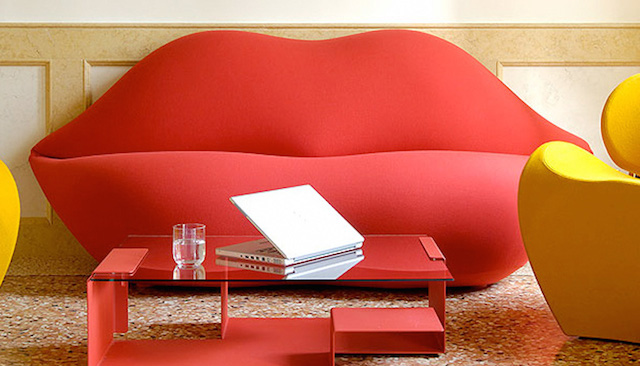 GUFRAM Bocca Mouth Shaped Sofa