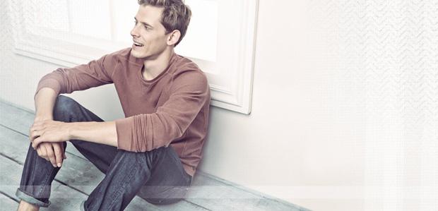 Men's Laid-Back Style: Tees, Pullovers, & Denim at Rue La La
