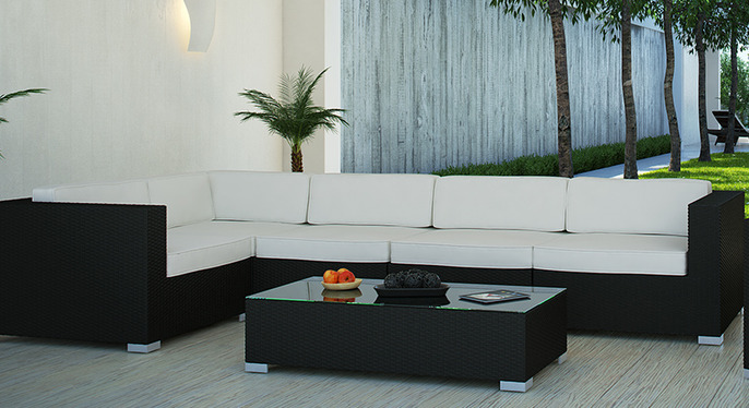 Pearl River Modern Outdoor Furniture at Gilt