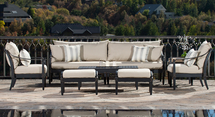 RST Outdoor: Contemporary Classics at Gilt