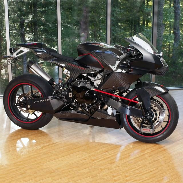 VYRUS 986 M2 inCarbon Black