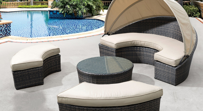 Zuo Outdoor Furniture at Gilt