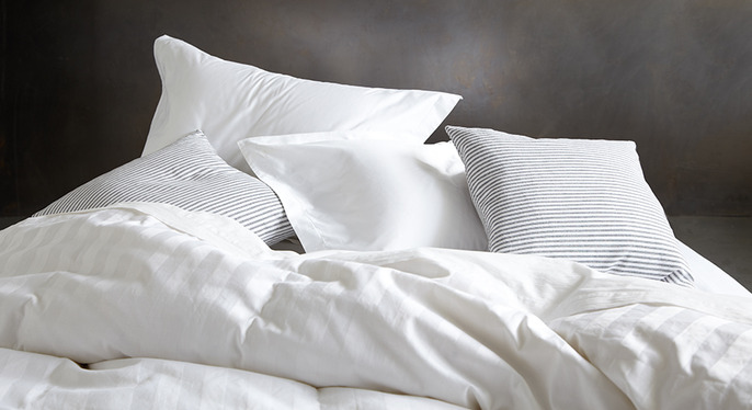 Comfy Down Bedding Feat. Alexander Comforts at Gilt