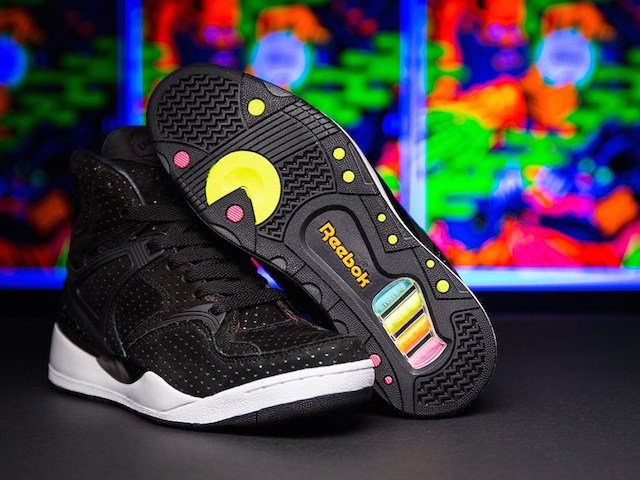Sneakersnstuff x Reebok The Pump Blacklights_1