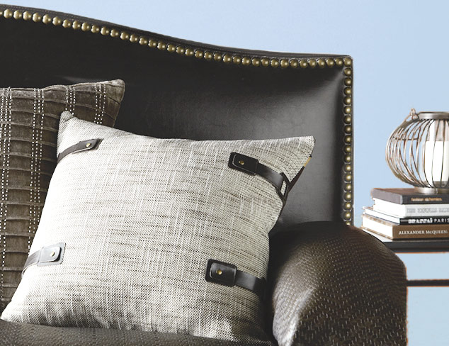 Cozy Up: Pillows & Throws at MYHABIT