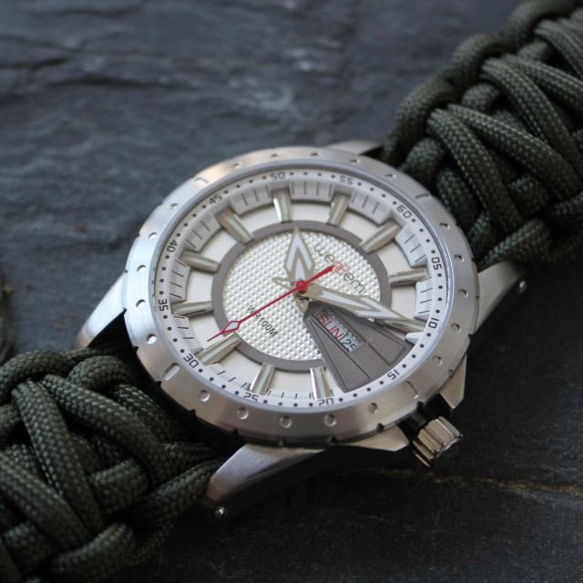 Overlander // Slate + Army Green Paracord Strap